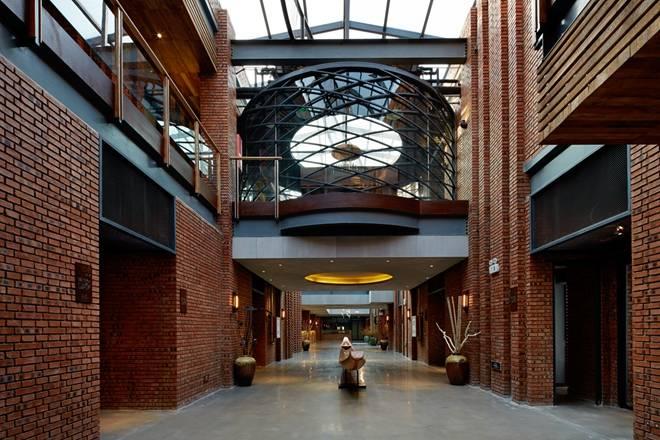 钢结构饭店大厅怎么设置