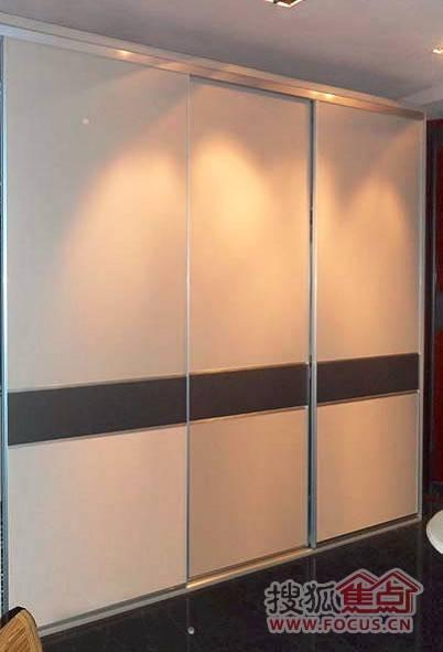 柜门颜色搭配方案一