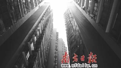 """""""理论来说,除了军产房,深圳已经没有小产权房,因为深圳的农村集体所有"""