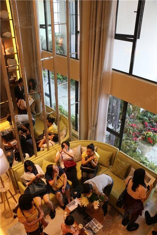 南沙金茂湾售楼中心盛大开放 loft公寓闪耀登场