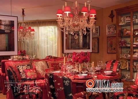 红色欧式古代房屋
