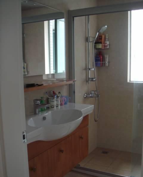 小户型卫生间装修效果图高清图片