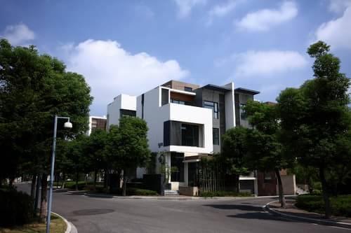 """""""电梯别墅""""这一概念,最早是由20世纪杰出建筑艺术家"""