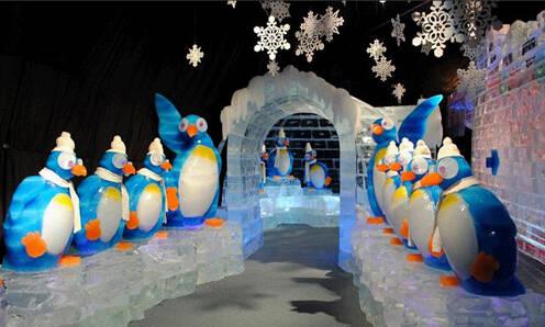 异彩纷呈的冰雪九宫格休闲游戏以及冰上圈圈乐,冰保龄球等几大主题图片