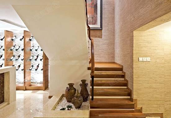 室内别样转角空间 复式家居魅力楼梯设计图锦