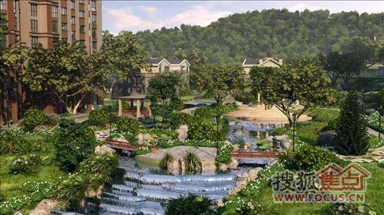 站在经十路欣赏凤凰山,山上绿荫如茵,丰富的绿色植物带来清新自然的空气环境。九英里颢苑独享凤凰山景观资源,将山景纳入社区园林体系中,开辟一片浓绿的屋后花园,让业主身体放松,心灵栖息。 山之阳,水之阴,上风之水。山的南面,接触到更多的阳光,百草丰茂,绿意盎然,九英里颢苑选择山景坡地,充分利用山体的自然走势和落差,建筑起伏变化,各种植被形成错落有致的绿色屏障,社区内林木葱葱,建筑居于期间,怡然自得。