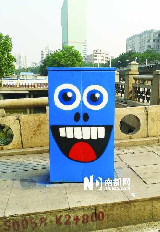 她建议,倒是垃圾桶和路边邮箱可以来点创意设计.