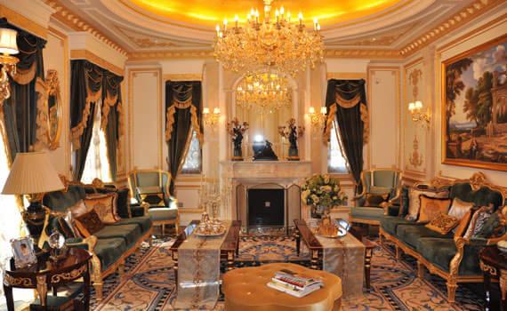别墅欧式挑高会客厅