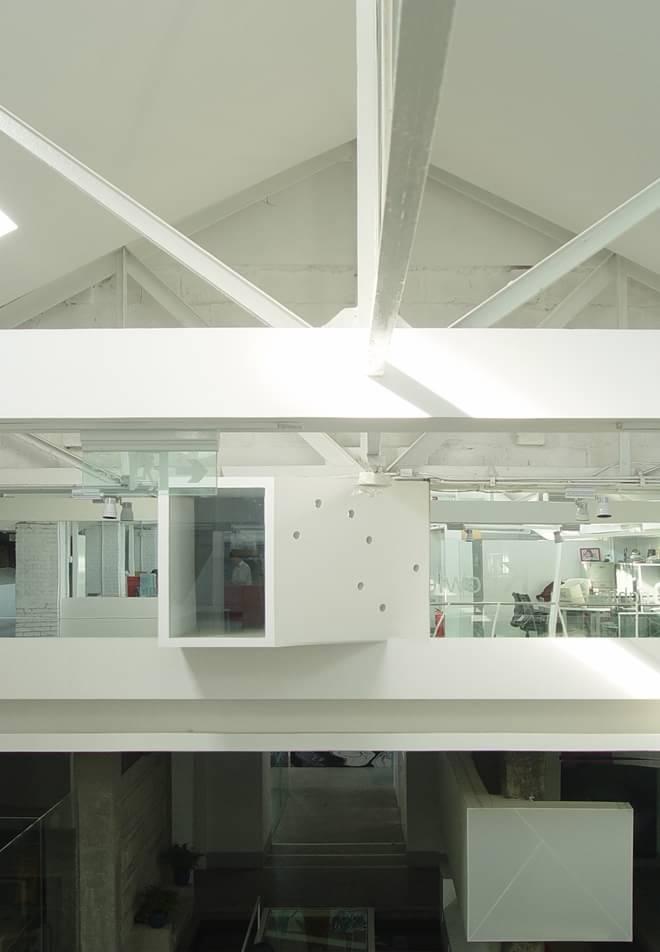 艾迪尔西海办公楼设计 老厂房改建的现代空间图片