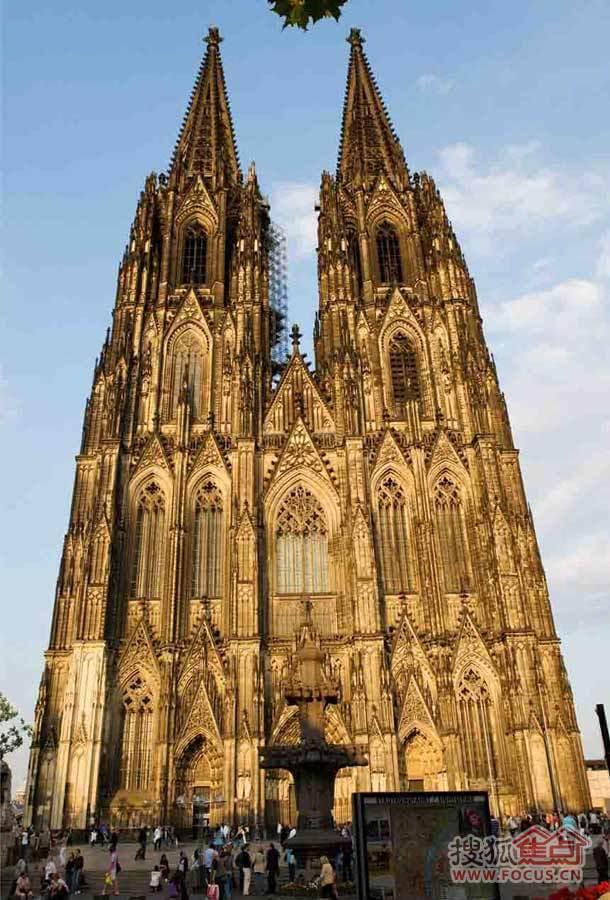 历史与文化博物馆:感受全球各具特色的著名教堂