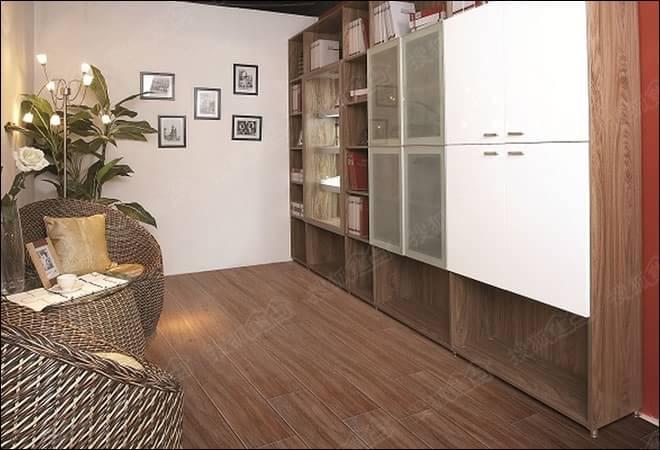 仿木纹砖 法恩莎仿古砖原木100系列加州橡木评测
