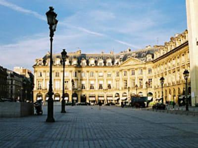 巴黎城市男生背影头像