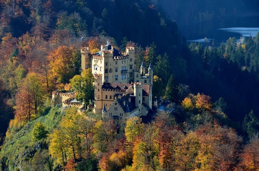 英国诺森伯兰郡安尼克城堡《哈利·波特》系列电影就是在这座城堡