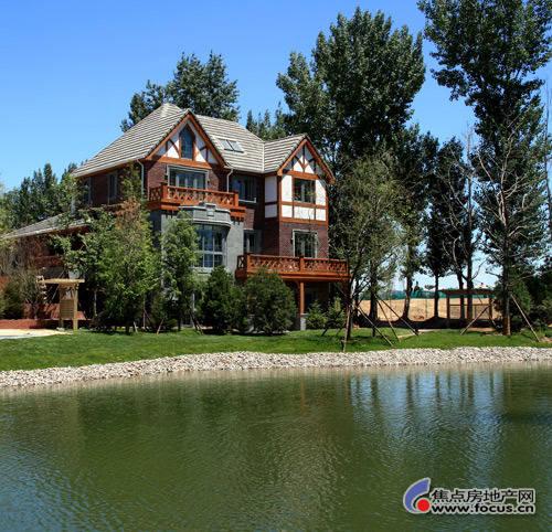 夏天的田园别墅风景图片
